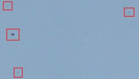 DSC0442-UFOsB