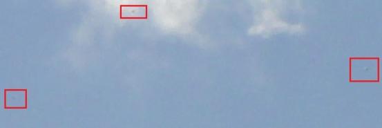 DSC04443-UFOs